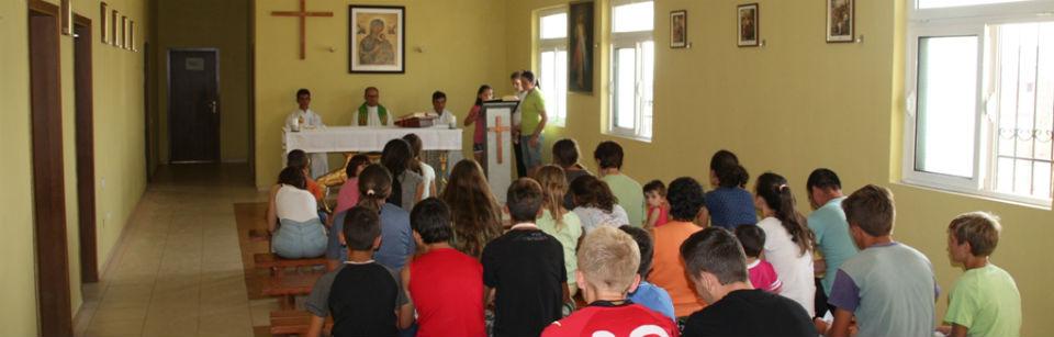 www 3 Albania